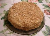 Торт «Наполеон» из домашнего слоеного теста