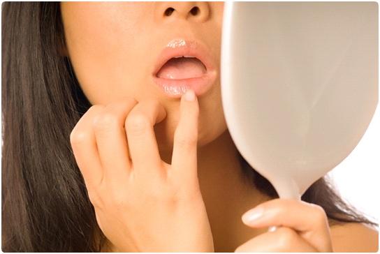 Питательная маска для губ.