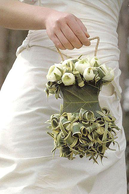 Свадебная сумочка для невесты. Какие они бывают и как ее выбрать