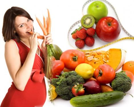 Как правильно питаться во время беременности?