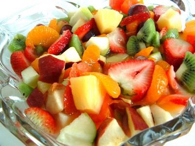 salatyi-iz-fruktov