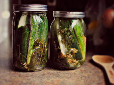 Homemade-Sour-Spicy-Dill-Pickles